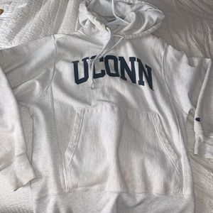 UCONN hoodie (champion)
